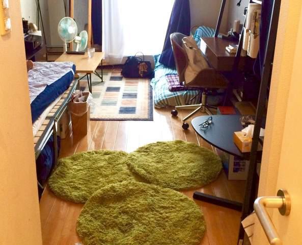 狭い 部屋 ベッド